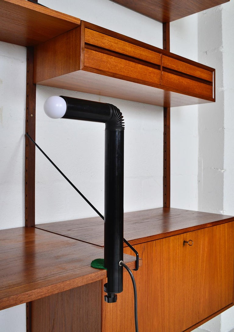 Midcentury Stilnovo Italian Periscopio Black Desk Table Lamp by D&C Aroldi, 1968 For Sale 1