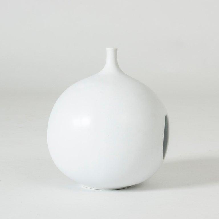 Scandinavian Modern Midcentury Stoneware 'Pungo' Vase by Stig Lindberg For Sale