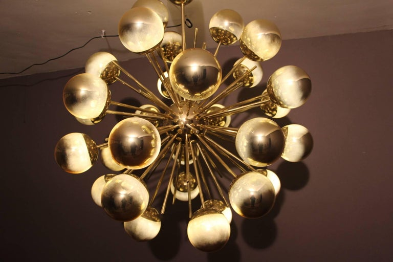 Midcentury Style Italian Sputnik Brass and Gold Murano Glass Chandelier For Sale 3