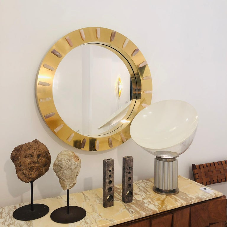 Midcentury Style Made of Brass and Pink Quartz Circular Italian Mirror For Sale 2