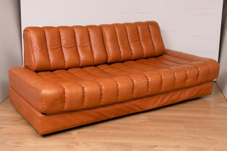 Midcentury Swiss De Sede DS 85 sofa bed.