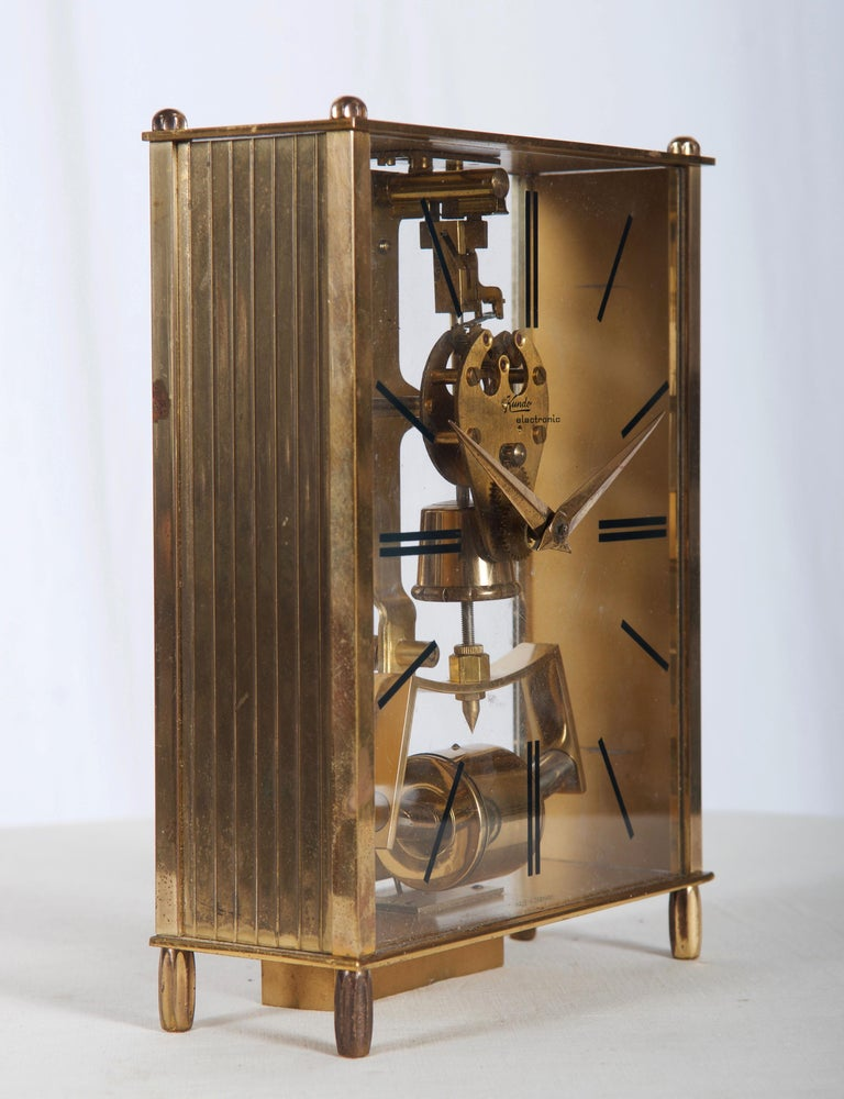 Midcentury Table Clock by Kundo, Japan In Good Condition For Sale In Vienna, AT