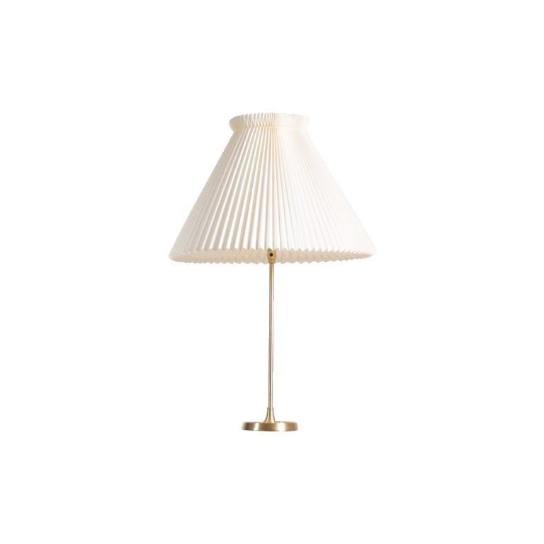 Midcentury Table Lamp in Brass Designed by Esben Klint i, 1948 For Sale