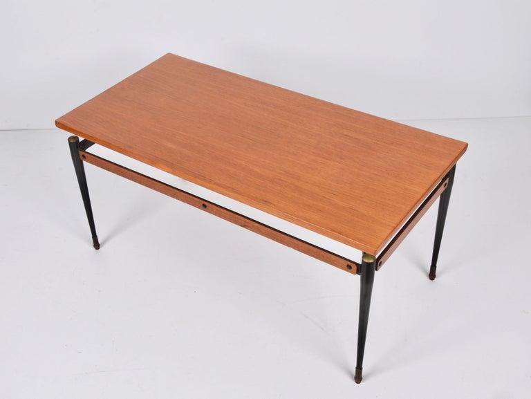 Midcentury Teak, Enamelled Iron and Brass Italian Coffee Table, Cavatorta 1960s For Sale 4
