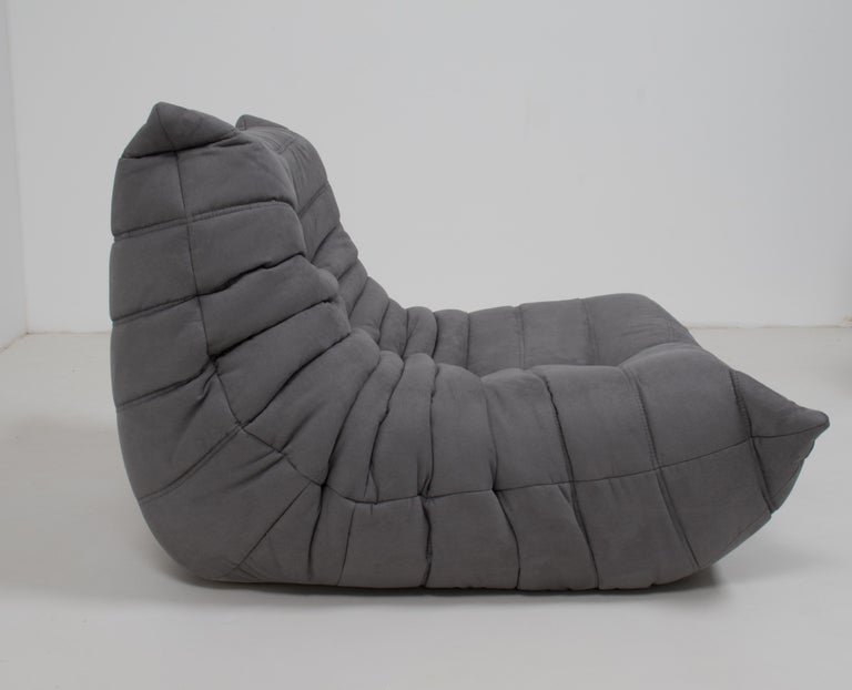 Midcentury Togo Grey Armchair by Michel Ducaroy for Ligne Roset In Excellent Condition For Sale In London, GB