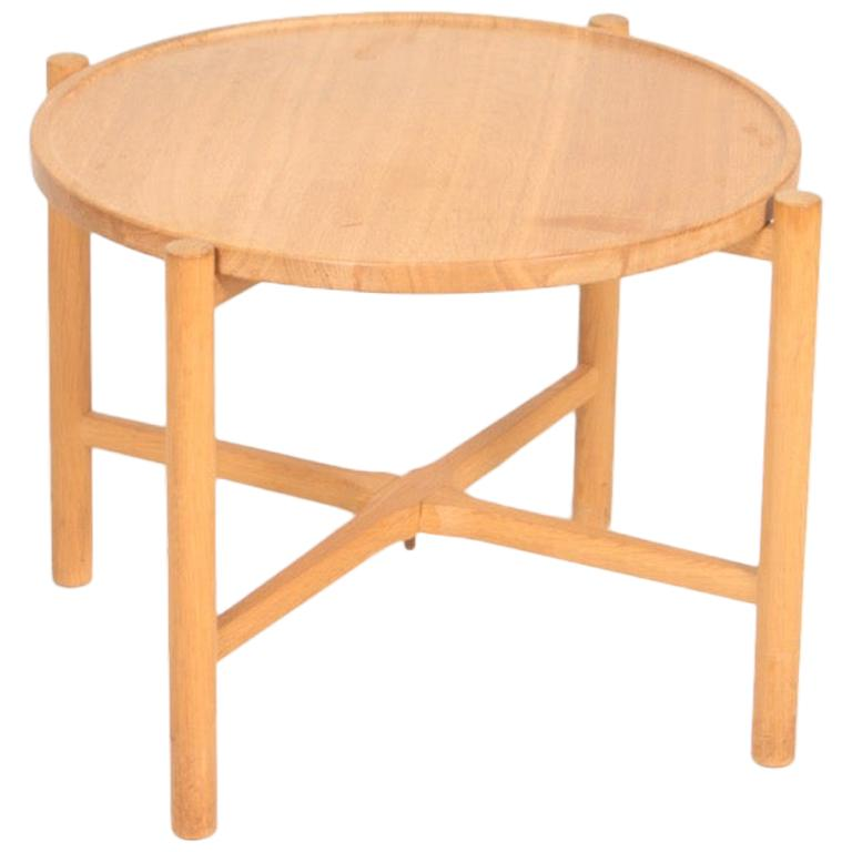 Midcentury Tray Table in Solid Oak by Hans J. Wegner, 1960s For Sale