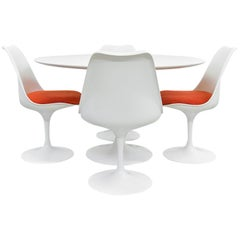 Midcentury Tulip Dining Set by Eero Saarinen for Knoll International, 1970s
