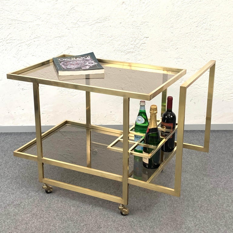 Midcentury Two Levels Smoked Glass and Brass Bar Cart with Bottle Holder, 1970s For Sale 4