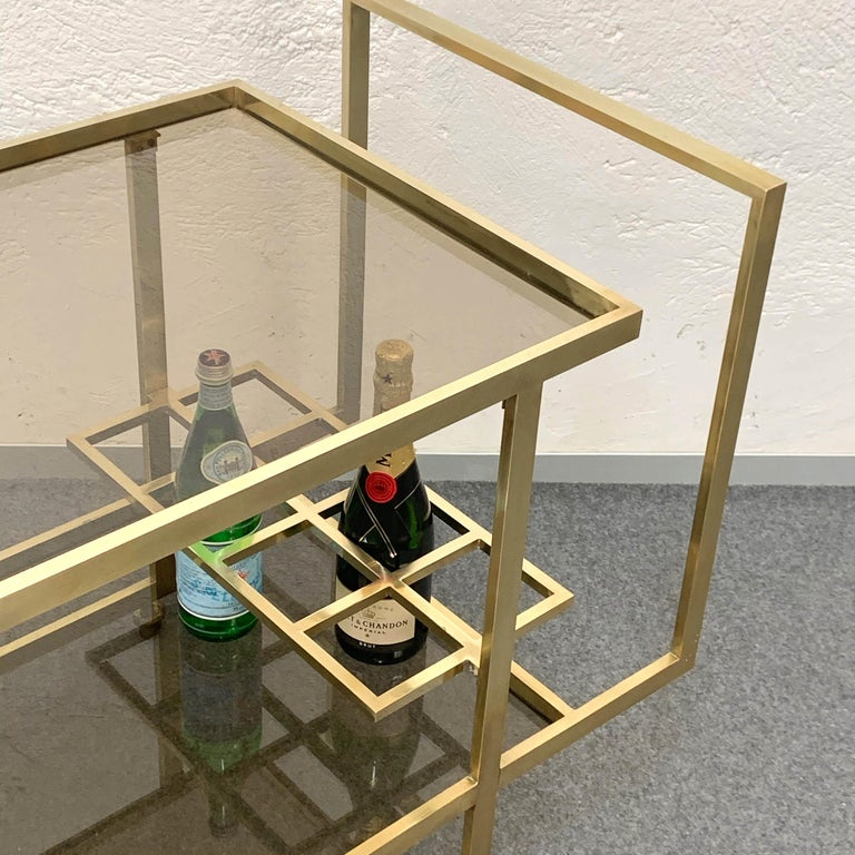 Midcentury Two Levels Smoked Glass and Brass Bar Cart with Bottle Holder, 1970s For Sale 5