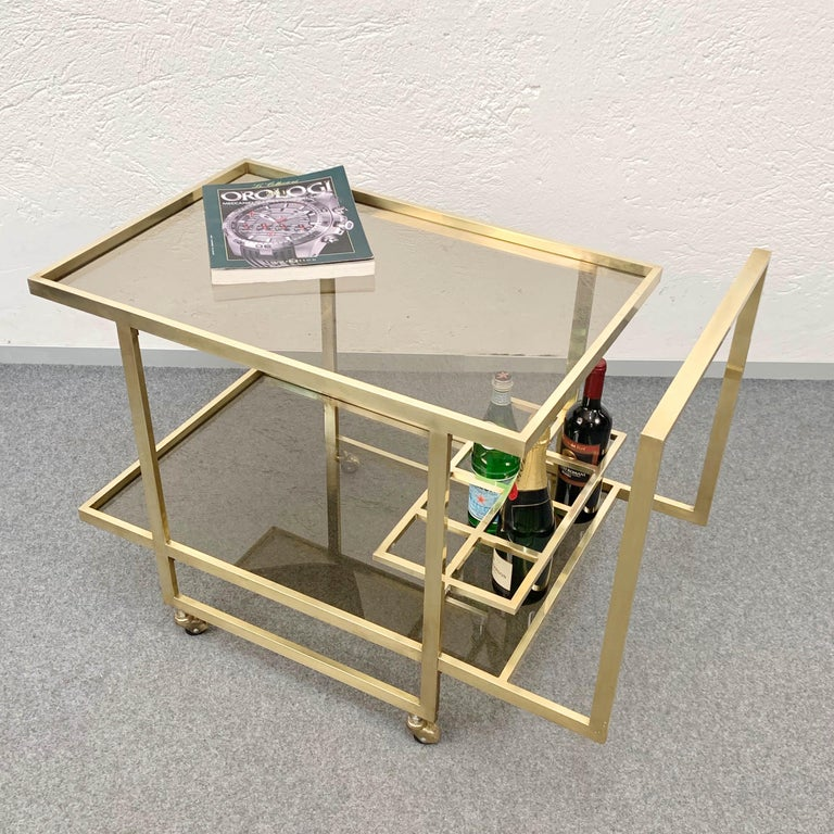 Midcentury Two Levels Smoked Glass and Brass Bar Cart with Bottle Holder, 1970s For Sale 8