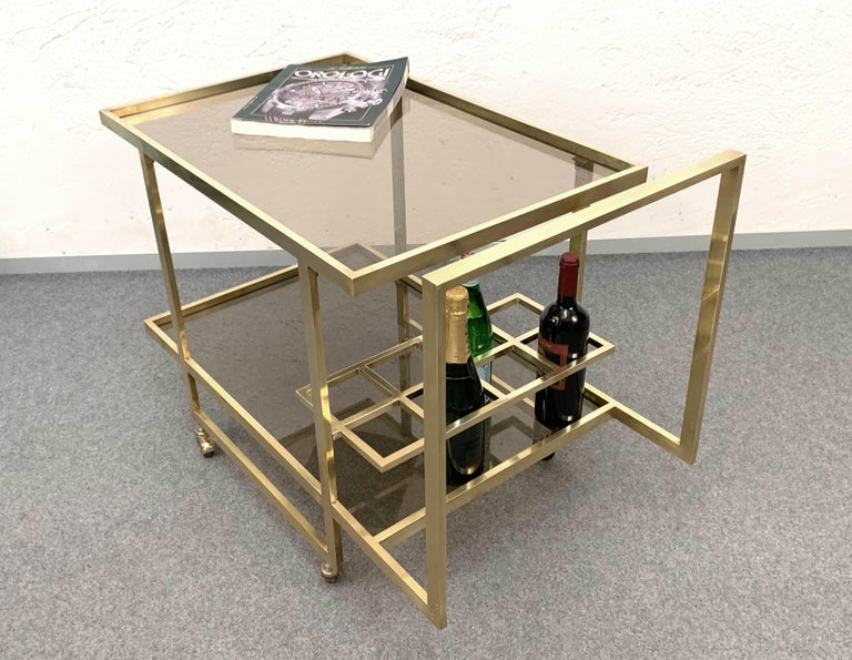 Midcentury Two Levels Smoked Glass and Brass Bar Cart with Bottle Holder, 1970s For Sale 10