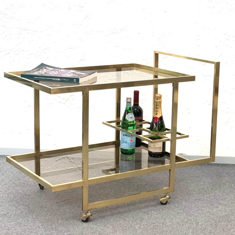 Midcentury Two Levels Smoked Glass and Brass Bar Cart with Bottle Holder, 1970s For Sale 1