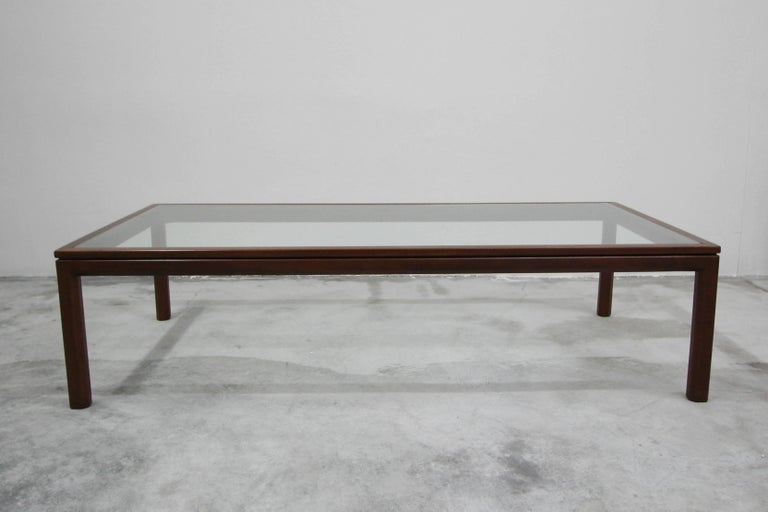 Midcentury Walnut and Glass Coffee Table by Edward Wormley for Dunbar In Excellent Condition For Sale In Las Vegas, NV