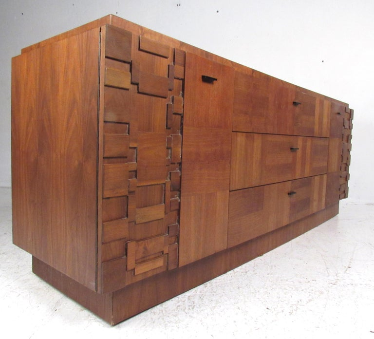 Late 20th Century Midcentury Walnut Brutalist Bedroom Suite For Sale