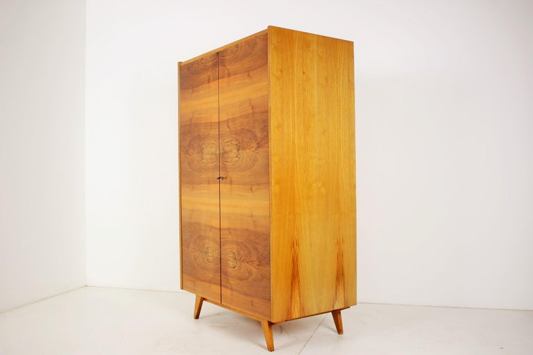 - Made in Czechoslovakia - Made of walnut - High gloss - Good, original condition. - Cleaned.