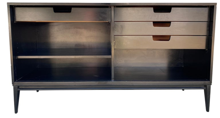 Midcentury White Door Credenza Paul McCobb Planner Group #1514 Black Lacquer For Sale 3