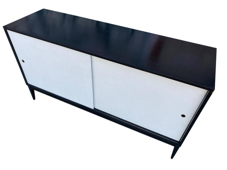 American Midcentury White Door Credenza Paul McCobb Planner Group #1514 Black Lacquer For Sale