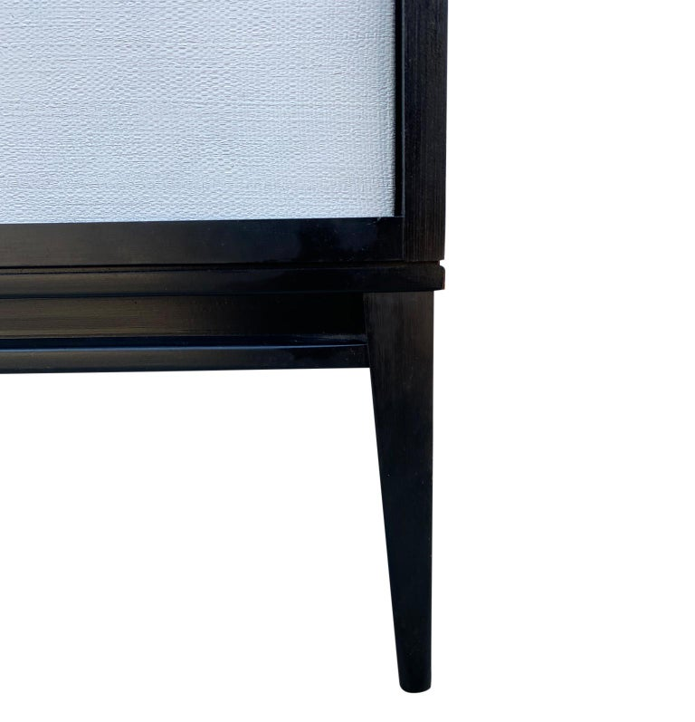 Midcentury White Door Credenza Paul McCobb Planner Group #1514 Black Lacquer For Sale 2