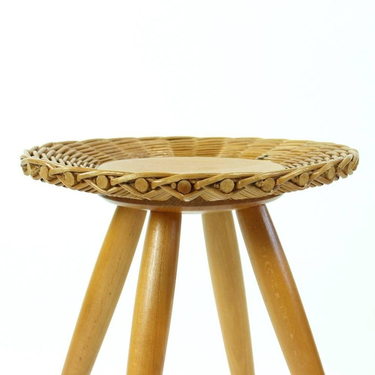 Midcentury Wicker Coffee Table with Stool by Uluv, Czechoslovakia, circa 1960 For Sale 3