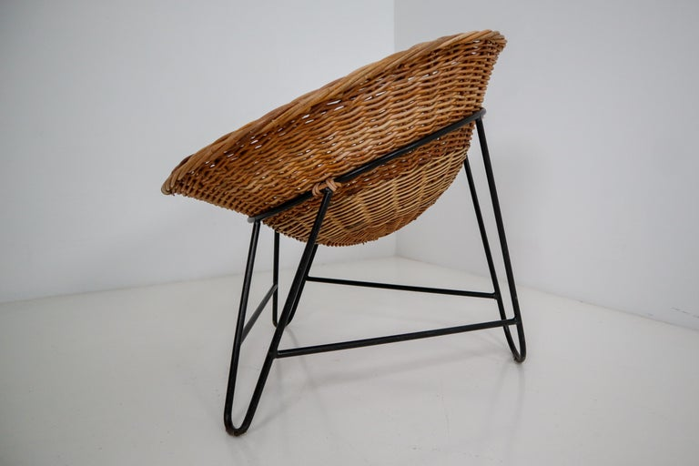 Steel Midcentury Wicker Easy Lounge Patio Chairs Designed in Europe, 1960s For Sale