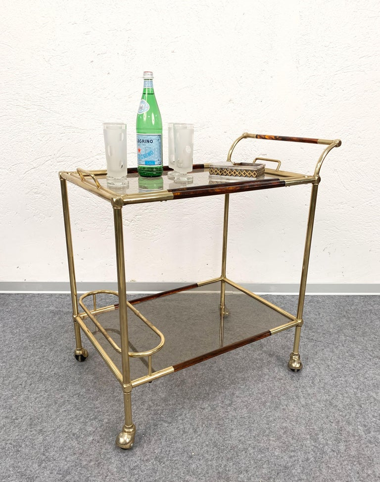 Midcentury Willy Rizzo Brass and Lucite Italian Trolley with Service Tray, 1980s For Sale 9