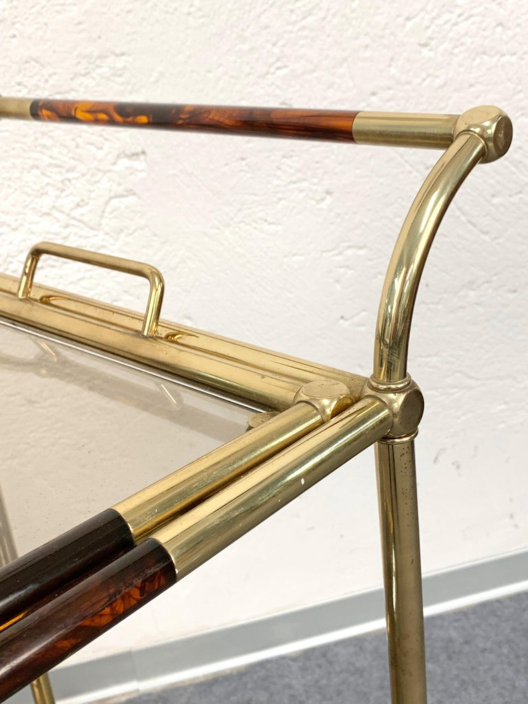 Midcentury Willy Rizzo Brass and Lucite Italian Trolley with Service Tray, 1980s For Sale 2