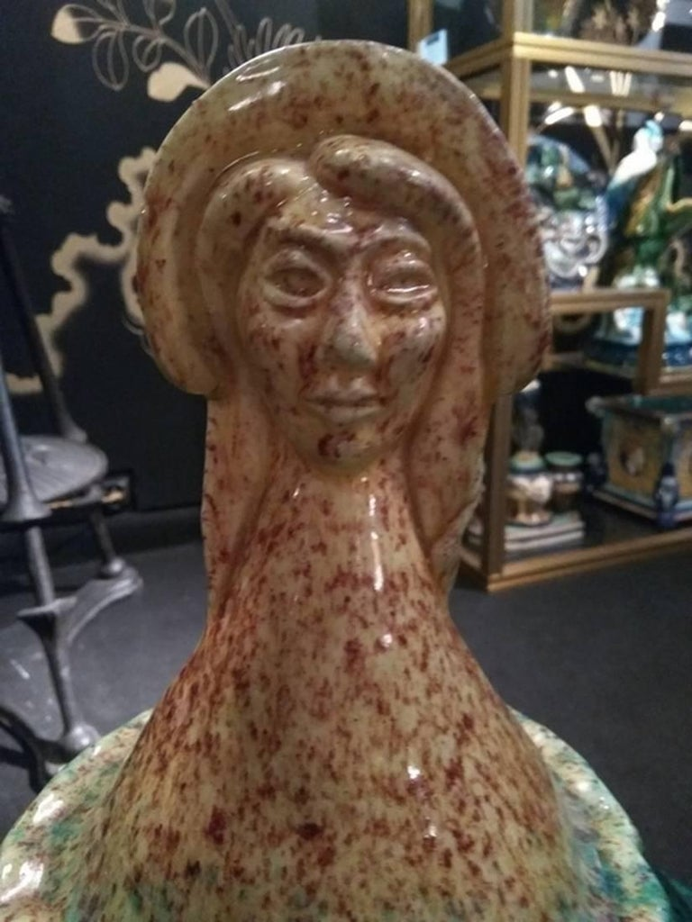 Midcentury Woman's Head Luminaire, Attributed to Accolay Pottery In Excellent Condition For Sale In Paris, FR