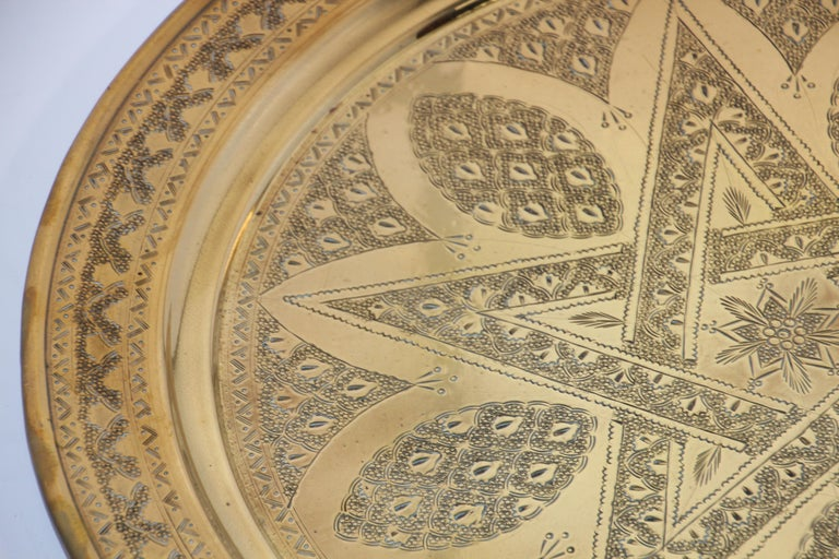 Hammered Middle Eastern Antique Round Brass Tray For Sale