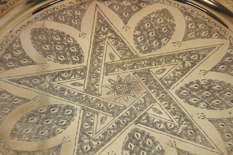 Middle Eastern Antique Round Brass Tray In Good Condition For Sale In North Hollywood, CA