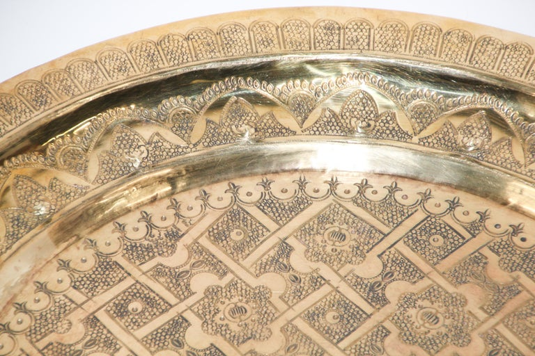 Middle Eastern Syrian Antique Round Brass Tray For Sale 7