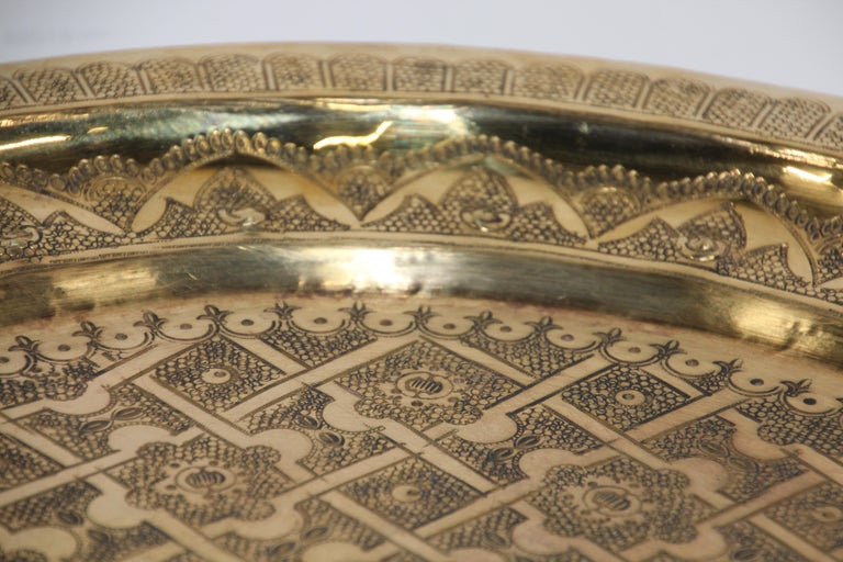Middle Eastern Syrian Antique Round Brass Tray For Sale 12
