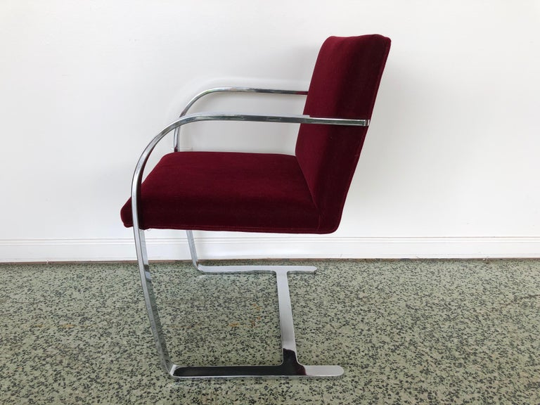 Mies van der Rohe Brno Chrome Cantilever Dining Chairs, Set of 4 In Good Condition For Sale In St. Louis, MO