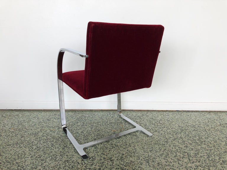 Late 20th Century Mies van der Rohe Brno Chrome Cantilever Dining Chairs, Set of 4 For Sale