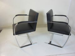 Mies van der Rohe for Knoll Brno, Set of Four Chairs in Leather with Arm Pads