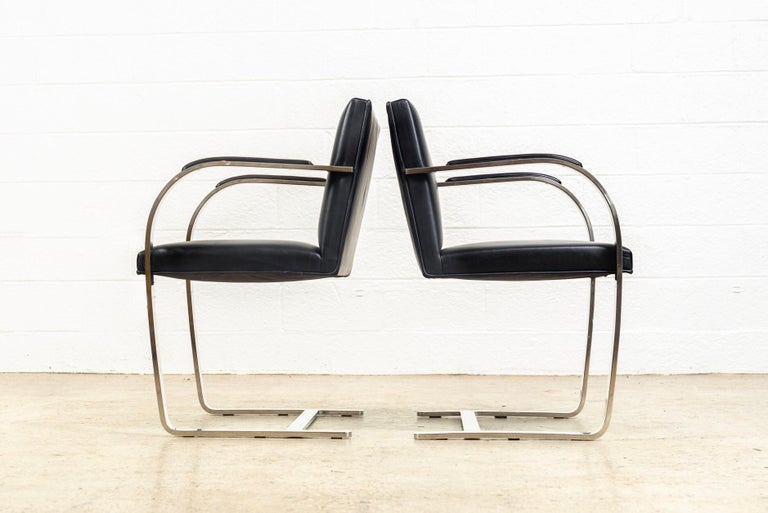 Late 20th Century Mies van der Rohe Knoll Brno Flat Bar Black Leather & Chrome Chairs, Set of 4 For Sale