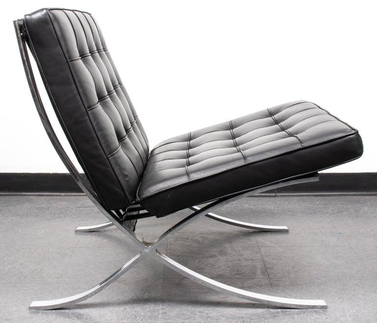 American Mies van der Rohe Mid-Century Modern Split Frame Barcelona Chair For Sale