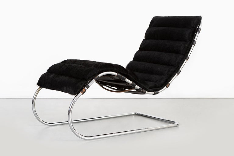 Modern Mies van der Rohe MR Chaise for Knoll Reupholstered in Brazilian Cowhide For Sale