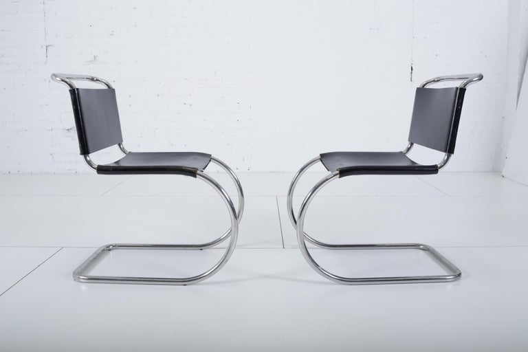 Mid-Century Modern Mies van der Rohe MR10 Chairs for Knoll For Sale