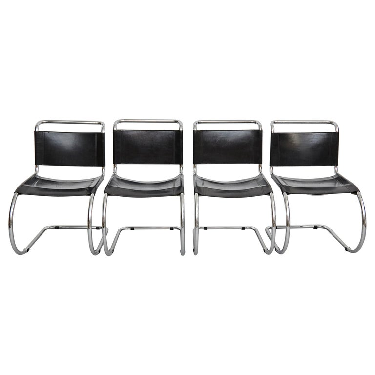 Mies Van Der Rohe Set of 4 MR10 Black Leather Easy chairs, circa 1960 For Sale