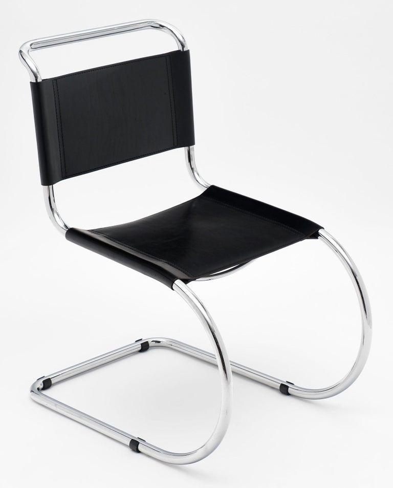 Mies Van Der Rohe Design.Mies Van Der Rohe Vintage Cantilever Chairs