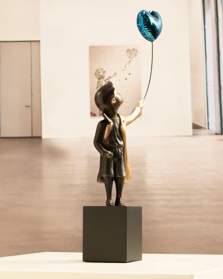A boy with balloon Big - Miguel Guía Street Art Cast bronze Sculpture For Sale 9