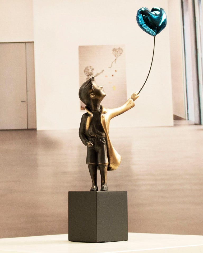 A boy with balloon Big - Miguel Guía Street Art Cast bronze Sculpture For Sale 7