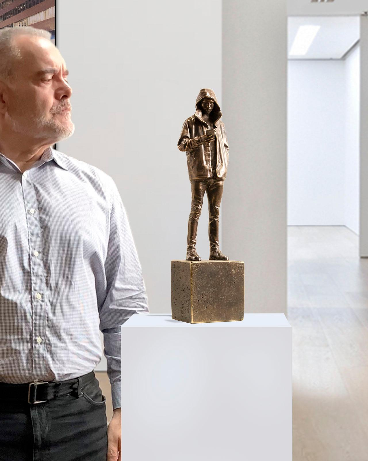 A moment of reality - Miguel Guía Realist Bronze layer Sculpture