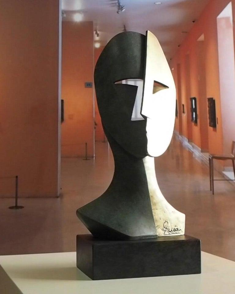 Big Cubiste Mask - Miguel Guía Cubist Bronze layer Sculpture 10
