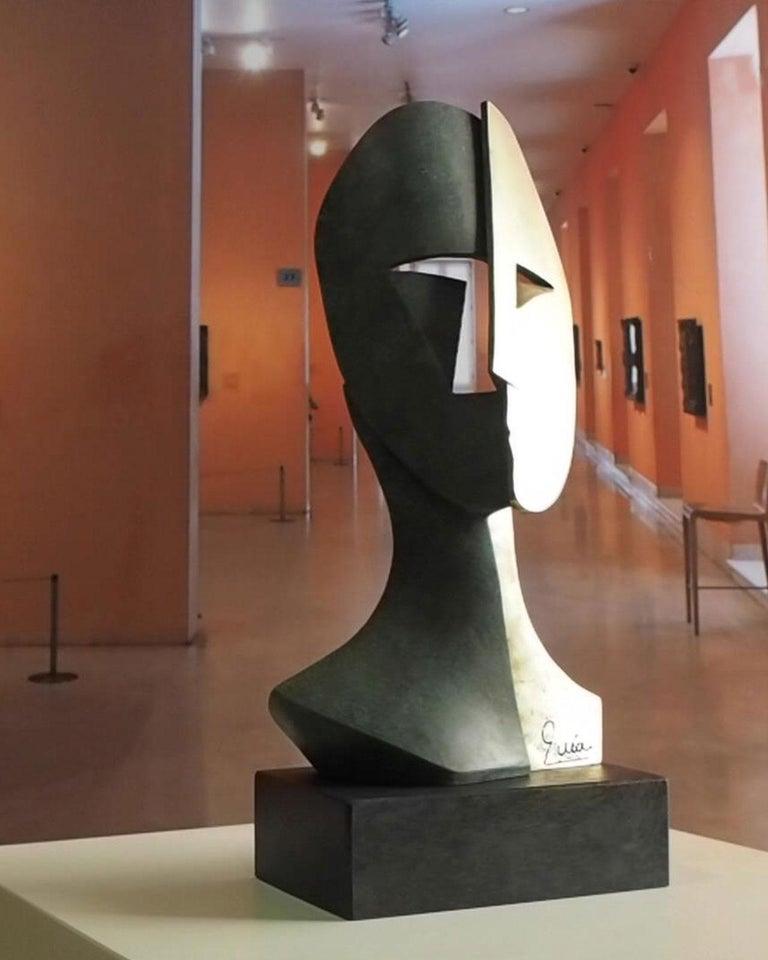Big Cubiste Mask - Miguel Guía Cubist Bronze layer Sculpture 11