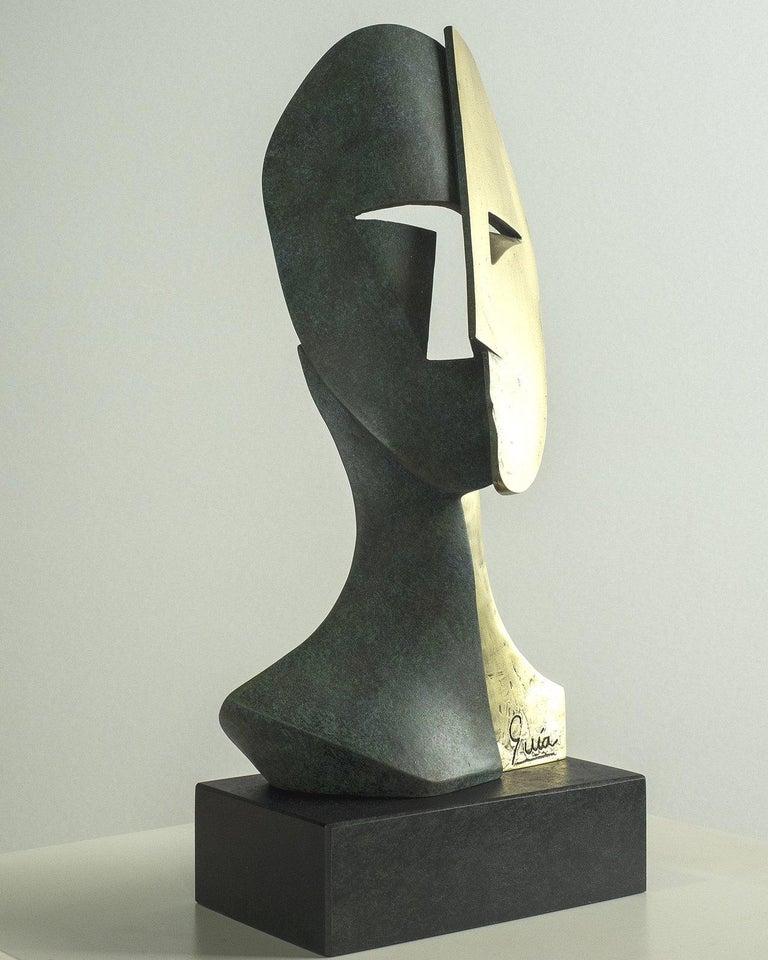 Big Cubiste Mask - Miguel Guía Cubist Bronze layer Sculpture 4