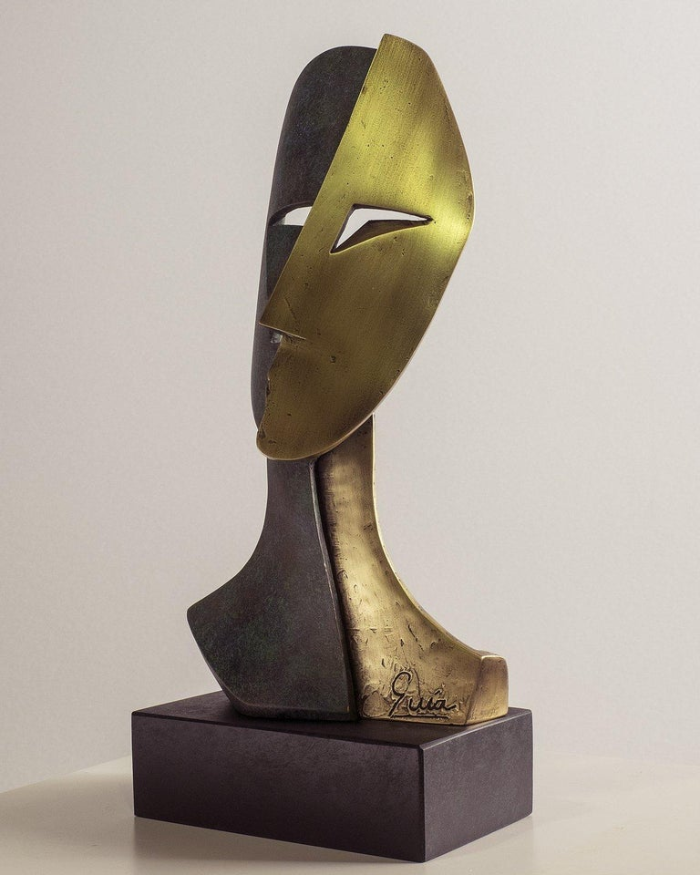 Big Cubiste Mask - Miguel Guía Cubist Bronze layer Sculpture 6