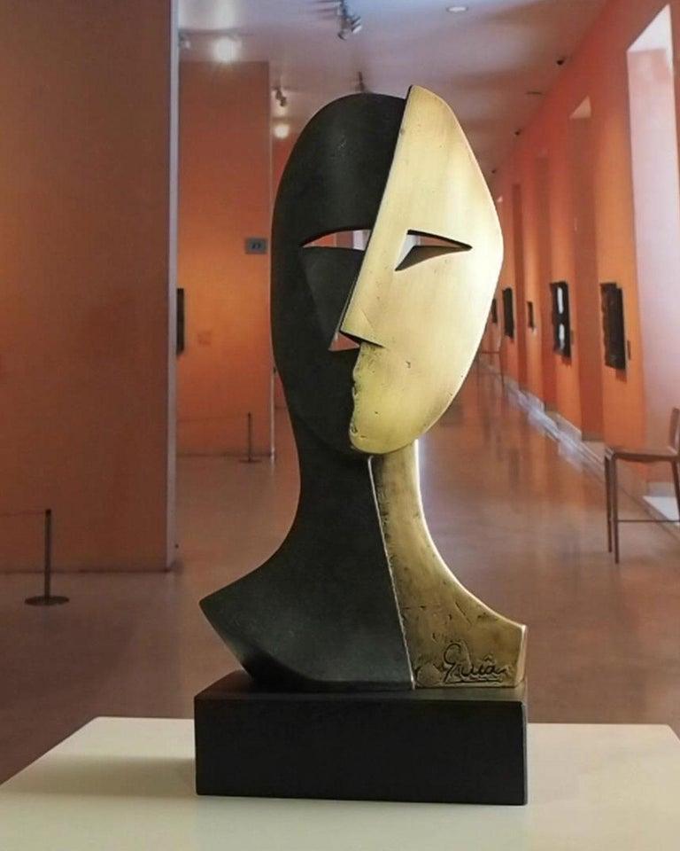 Big Cubiste Mask - Miguel Guía Cubist Bronze layer Sculpture 7