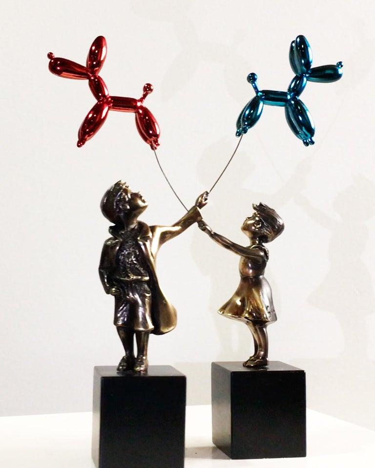Child with balloon dog - Miguel Guía Street Art Cast bronze Sculpture 9
