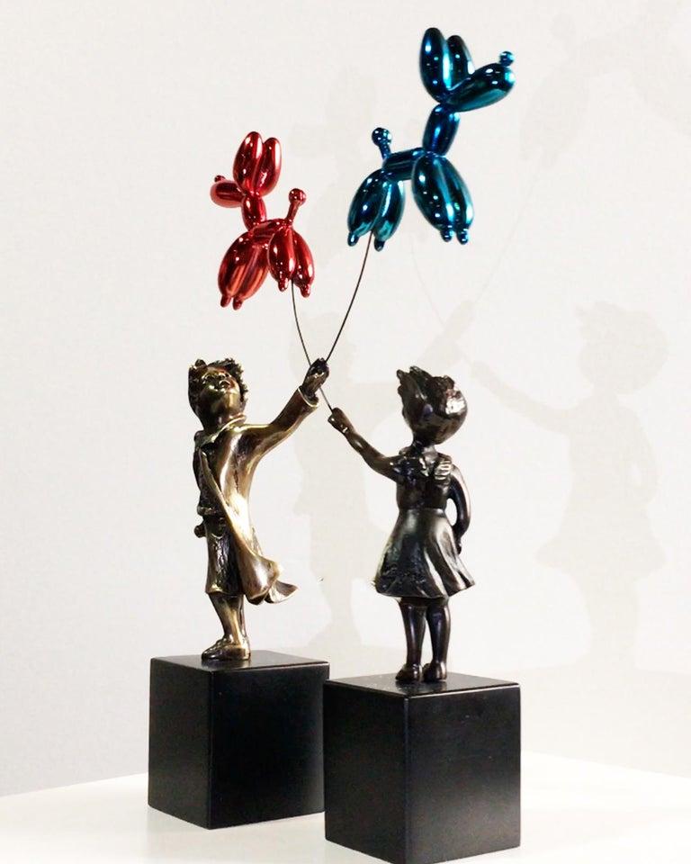 Child with balloon dog - Miguel Guía Street Art Cast bronze Sculpture 11